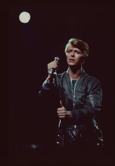 "yourschemeofthings: ""David Bowie performing live, 1978 """