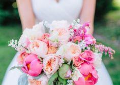 """春のお花の代表!""""ラナンキュラス""""のブーケが最高にキュート♡のトップ画像 Wedding Bouquets, Wedding Flowers, Here Comes The Bride, Pink Blue, Flower Arrangements, Beautiful Flowers, Floral Wreath, Wreaths, Table Decorations"""