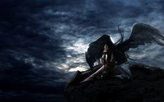 Sai... I miei angeli... hanno le ali nere... Angeli oscuri...     Angeli che, come me, portano tutto il loro dolore sulle loro ali...     tutto il loro caos interno... tutta la loro rabbia... I miei angeli... hanno le ali nere... e non le cambierebbero con niente al mondo... perché nell'oscurità essi trovano la pace...  (Andrea Spartà)