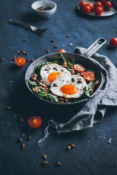 #Fried_eggs with bacon