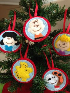 Set of 5 Charlie Brown – Peanuts Gang Felt Ornaments - Charlie - Lucy - Sally - Woodstock and Snoopy Hand emboridered