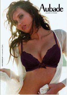 Blog de pub-lingerie - Page 22 - Publicités de lingerie ==> + de 30 nouvelles photos !! - Skyrock.com