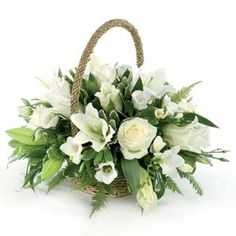 Not sure which funeral flowers or sympathy flowers to send? View the types of Funeral Flowers available in our detailed Funeral Flower Guide Basket Flower Arrangements, Funeral Flower Arrangements, Beautiful Flower Arrangements, Beautiful Flowers, Church Flowers, Funeral Flowers, Deco Floral, Arte Floral, Bridal Flowers