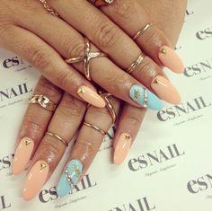 Cute Nails & Midi Rings