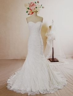 Mermaid #Wedding #Dress Lace Pleated Sweetheart Strapless Bridal Gown Court Train Backless Bridal Dress