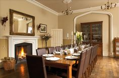 Dining Room.jpg 1,024×680 pixels