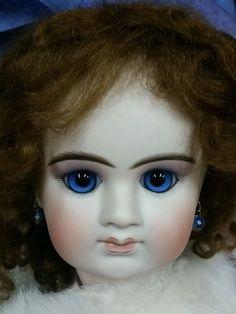 """E.Denamaur, French Bebe, makes a 22"""" doll, from Jamie Englert"""