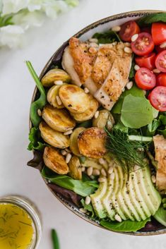 sick of feeling hungry after eating a salad? NO MORE. hangry no more salad with leave you feeling full, yet light and satisfied. a total game changer! #wellseasoned #healthy #glutenfree #summersalad #salad www.wellseasonedstudio.com