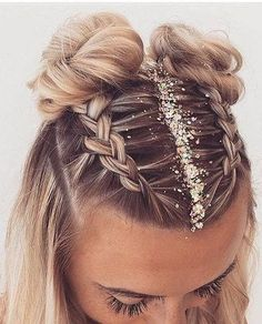 holiday hairstyles 35 Cute Hairstyle For Teen Girls You Can Copy Cute hairstyles,Long hairstyles,beautiful hairstyles Cute Hairstyles For Teens, Holiday Hairstyles, Easy Hairstyles For Long Hair, Teen Hairstyles, Braids For Long Hair, Beautiful Hairstyles, Festival Hairstyles, Concert Hairstyles, Summer Braids