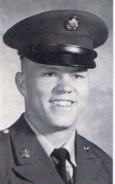 Virtual Vietnam Veterans Wall of Faces | CHARLES A RICHARDSON | ARMY