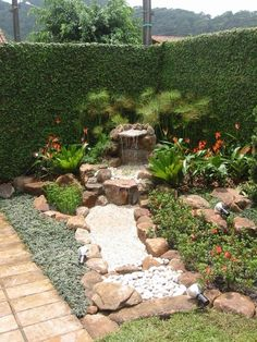 Formosa Home: Plants Bring Good Energies To Our Home! Landscape Design, Garden Design, Indoor Water Fountains, Front Yard Landscaping, Landscaping Ideas, Tropical Garden, Small Gardens, Succulents Garden, Water Garden