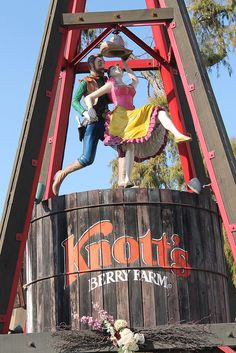 Knott's Berry Farm by Loren Javier, via Flickr