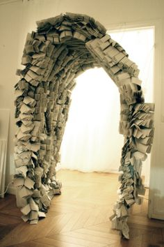 Paper installation - Viola Tarozzi for Buildings and Love Architecture - Paris