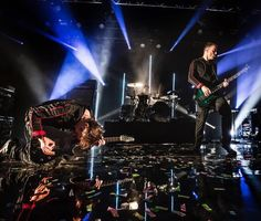 Muse live at UK Psycho Tour 2015