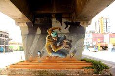 O MAAU (Museu Aberto de Arte Urbana) nasce para expor a aceitação do graffiti como uma arte que já faz parte da cidade. O projeto inédito, idealizado pelos artistas urbanos Chivitz e Binho, deu vida a uma verdadeira galeria de arte pública presente na Av. Cruzeiro do Sul, Zona Norte de São Paulo.    São 66 painéis criados por mais de 50 artistas. Vale a pena conferir de perto, enquanto isso, aprecie Whip!