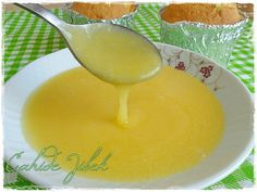 Lemon Sauce Recipe- There is a sauce that is very famous for foreigners. I watched a video for the first time. While they were not adding water, I diluted it in half. I would definitely recommend. It tastes just like l… Lemon Sauce, Lemon Curd, Lemon Cream, Turkish Recipes, Italian Recipes, Italian Foods, Italian Chicken Dishes, Pudding Desserts, Appetizer Salads