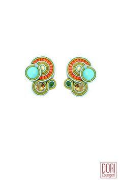 Dori's Celeste clip on earrings, it's a casual affair.... #doricsengeri #everydayearrings #cliponearrings #casualearrings #resortwear #designerearrings