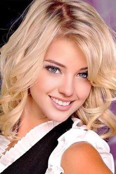 Cute Beauty, Beauty Full Girl, Beauty Women, Most Beautiful Eyes, Beautiful Girl Image, Beautiful Pictures, Brunette To Blonde, Blonde Women, Blonde Beauty