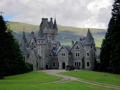 Incredible Castles in and Around Inverness, Scotland Ardverikie House Beautiful Castles, Beautiful Buildings, Beautiful Places, Scotland Castles, Scottish Castles, Medieval Fortress, Medieval Castle, Castle Ruins, Castle House