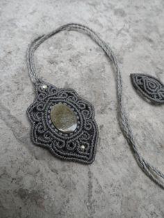 Or brillant Obsidian pendentif de macramé avec 925 par LaQuetzal