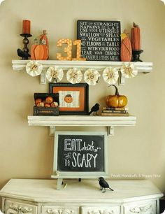 House Tour of tasteful Halloween decor