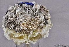 Lia Couture + Enchanted Rose in one bouquet! #wedding #bouquet