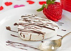 No-Bake Cheesecake Greek Yogurt - See more fantastic low-carb dessert recipes at All-Desserts.com!