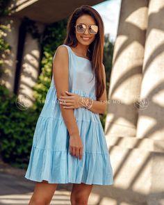Svetlomodré letné šaty