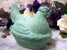 Jadeite Green Glass Hen on a Nest Dish #collectorscabin