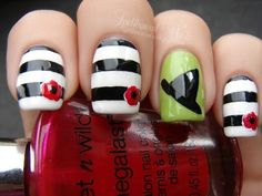Adorable Nail Art - WICKED nails-love the stripes and flower! Not a big fan of the green and witch hat! Green, Wizards, Black White, Nail Arts, Nail Design, Wizard Of Oz, Stripe, Wicked, Halloween Nails