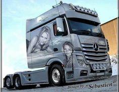 Trucks Magazine added a new photo — with Ettienne Loxton. Mercedes Benz Maybach, Mercedes Benz Trucks, Volvo Trucks, Big Monster Trucks, Big Rig Trucks, Customised Trucks, Custom Trucks, Custom Mercedes, Freightliner Trucks