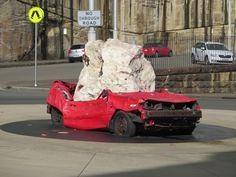Ak sa stanete účastníkom dopravnej nehody a odnesie si to aj vaše auto, máte šťastie. Máte šťastie v tom prípade, že máte uzatvorené povinné zmluvné poistenie.