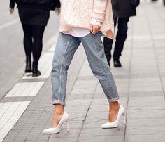 white stilettos, cuffed boyfriend jeans