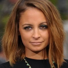 Lusting over Nicole Richie's rocker glam beauty look