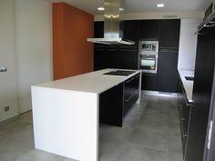 Cuisine on pinterest atelier cleanses and salons - Armoire contemporaine design ...