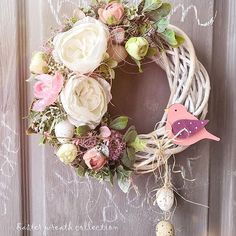 Willow Wreath, Spring Front Door Wreaths, Spring Sign, Hoppy Easter, Easter Wreaths, Outdoor Christmas, Floral Arrangements, Diy And Crafts, Christmas Decorations