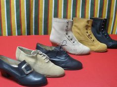 Zapatos y Botines Wedges, Boots, Fashion, Calla Lilies, Zapatos, Crotch Boots, Moda, Fashion Styles, Shoe Boot