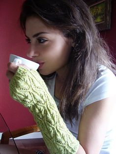 knit arm warmers pattern. I need these for work, my office is freezing!