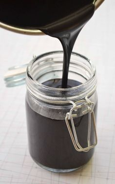 Dairy-free, Vegan Chocolate Sauce for Valentine's Day | Babble