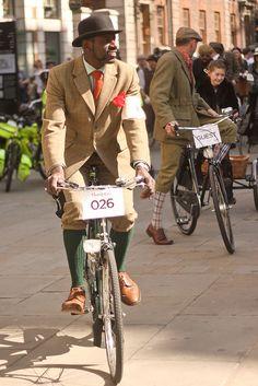Tweed Run London 2011 by ditaa, via Flickr