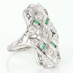 Antique Art Deco 14 Karat White Gold Diamond Emerald Filigree Cocktail Ring