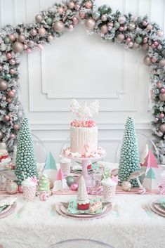 Pastel Christmas: A Frosty Peppermint Kids Holiday Party • La Petite Fete