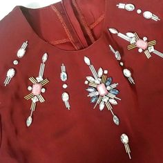 #sayajahitmanik #jahitmanik #servicemanik #bajukahwin #pengantin #bajutunang #bajunikah #wedding #weddingdress #sayajual #bazarpaknil #manik #chunkybeads #rhinestones #fashion #hijab #hijabista #vsco #vscocam #ootd #ootdmalaysia Bead Embroidery Tutorial, Embroidery Neck Designs, Embroidery Suits Design, Bead Embroidery Patterns, Hand Work Embroidery, Embroidery On Clothes, Embroidery Dress, Beaded Embroidery, Zardozi Embroidery