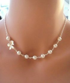 Six Swarovski Pearl and Orchid Flower elegant silver necklaces This necklace is perfect for any occasion! This gorgeous necklace is made out Handmade Pearl Jewelry, Wire Jewelry, Wedding Jewelry, Beaded Jewelry, Jewelery, Beaded Necklace, Jewelry Crafts, Flower Necklace, Silver Necklaces