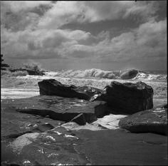 """""""Mar del Plata, c. 1948"""" Ph: Annemarie Heinrich - Heinrich Sanguinetti Archive - British Library"""