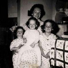 Phyllis, Susan, Marilyn, Marj Hocker