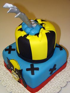 Wolverine cake by layersoflove, via Flickr