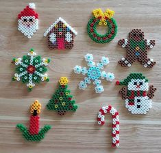 Easy Perler Bead Patterns, Melty Bead Patterns, Perler Bead Templates, Diy Perler Beads, Perler Bead Art, Beading Patterns, Perler Bead Ornaments Pattern, Melty Bead Designs, Beaded Christmas Decorations