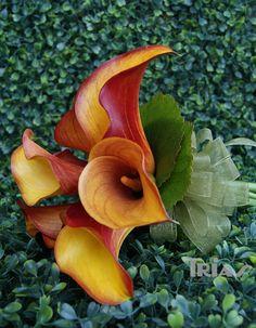 Simple orange bridal bouquet