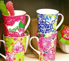 Lilly Pulitzer coffee cups for dorm room